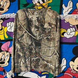 Vtg Real-tree camo long sleeve pocket shirt